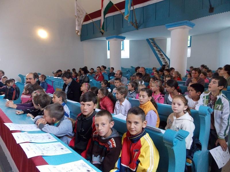 Kálvin-napok: gyerekekkel telt meg az orbaiteleki templom