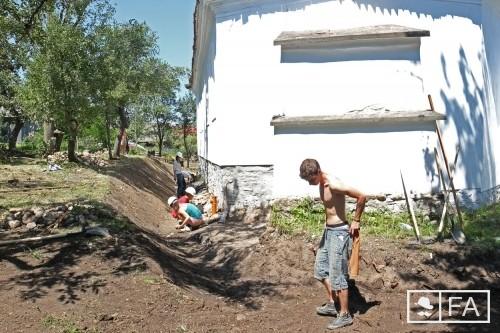 Önkéntes diákok segítették az égei kis közösséget