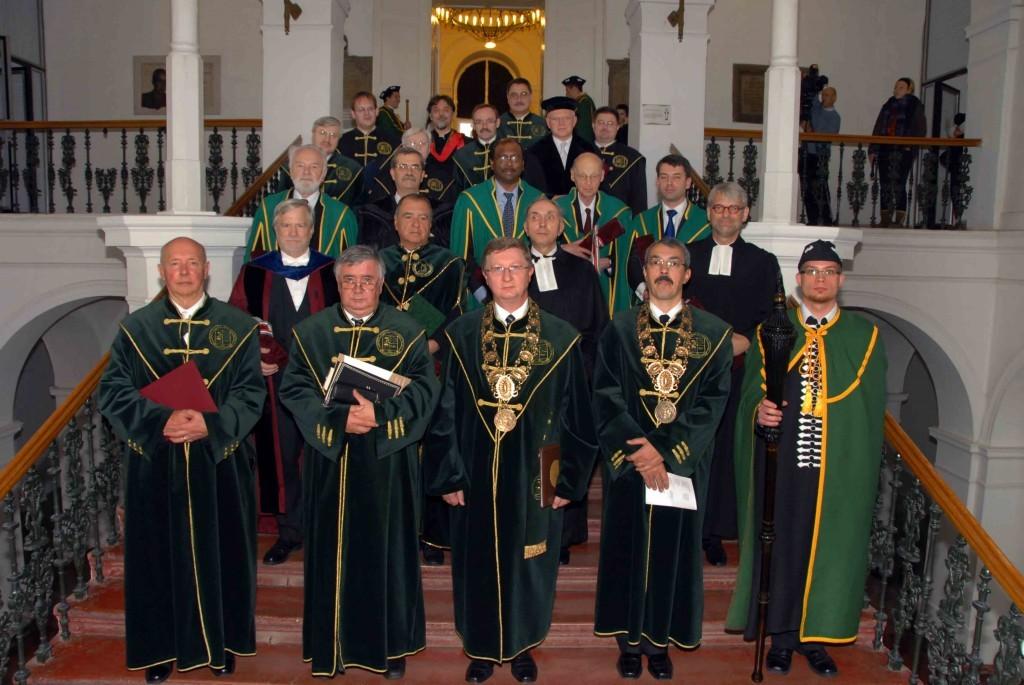 A Debreceni Református Hittudományi Egyetem díszdoktorává avatták dr. Pap Gézát