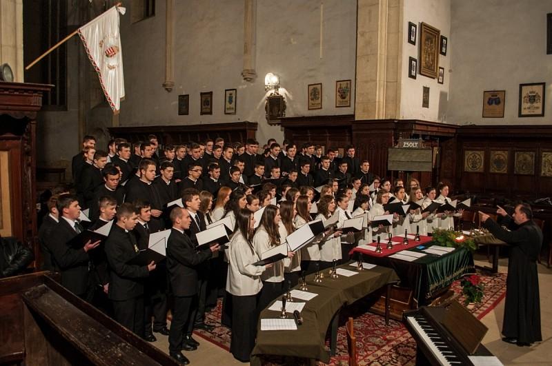 Közös koncertet tartott a Kolozsvári Református Kollégium és az Ortodox Szeminárium énekkara - Galéria