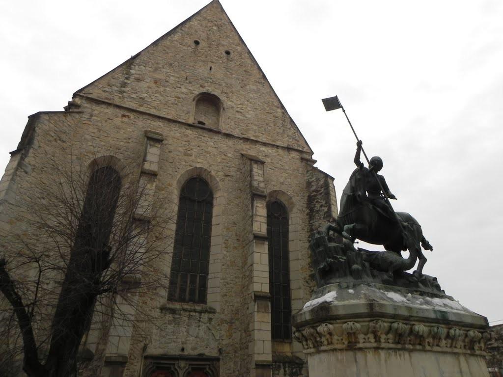 Elkezdődött a Farkas utcai református templom teljes felújítása