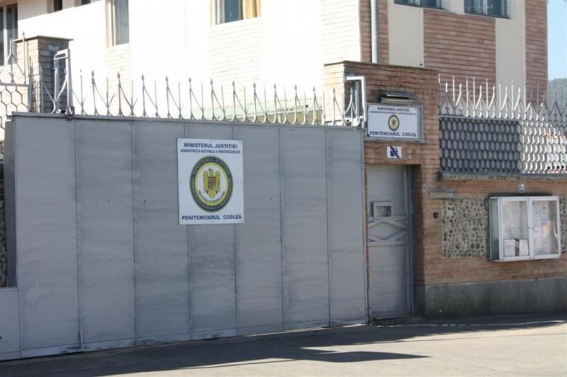 Brassói 20+ ifjúság a feketehalmi börtönben