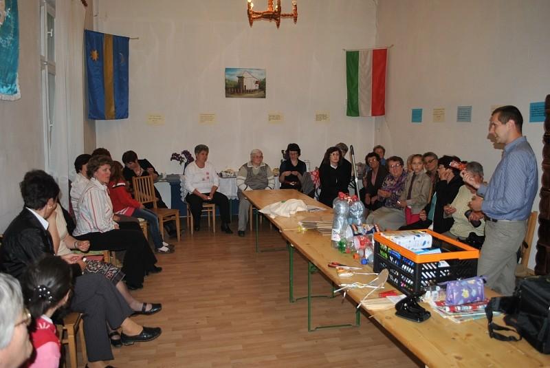 Nőszövetségi elnökségi gyűlés Ikafalván