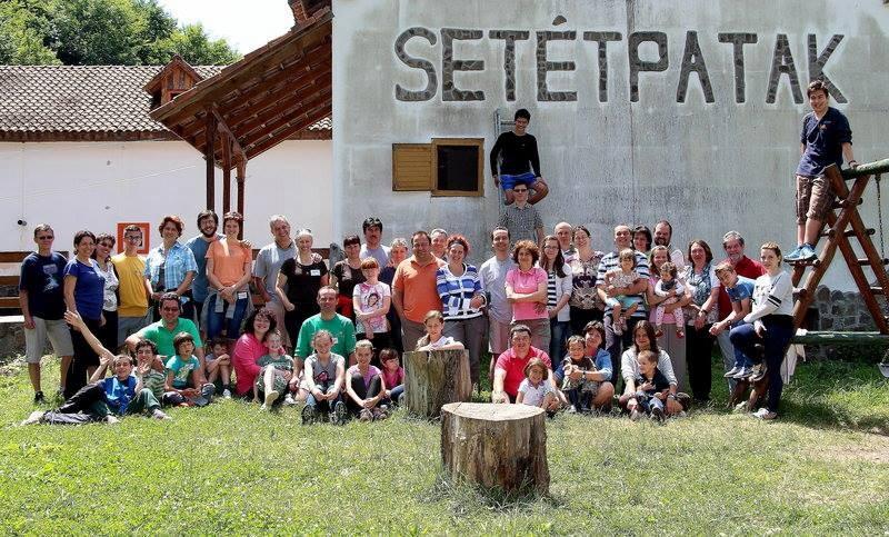 A Reménység Ház család tábora Setétpatakon