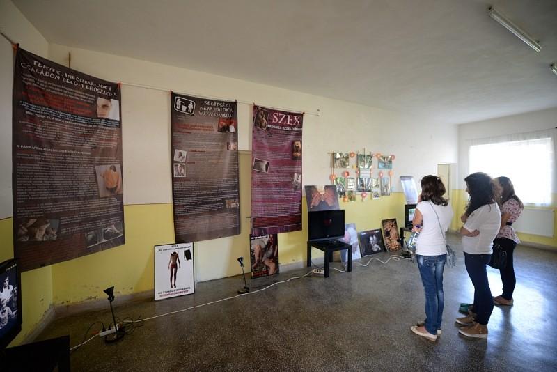 Közel százan látogatták meg a Kontraszt kiállítást Gyulakután