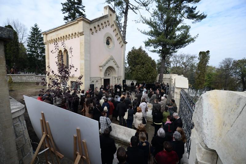 Átadták a felújított Bethlen kriptát