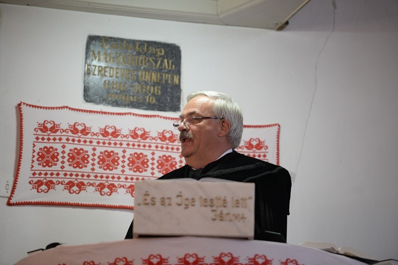 Gyülekezeti otthont és ravatalozót avattak Héjjasfalván
