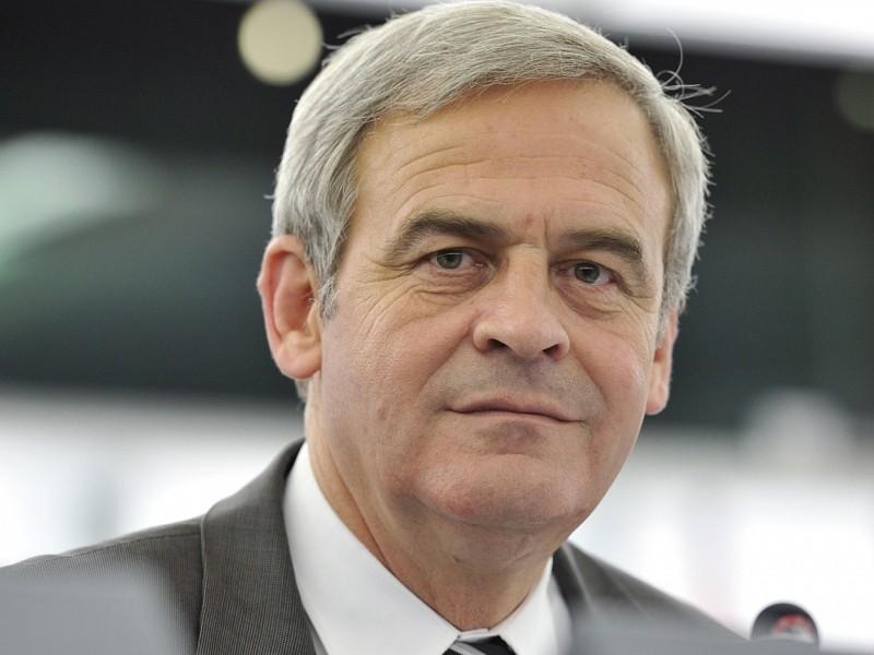Tőkés László az amerikai külügyminiszterhez juttatott el tiltakozó levelet