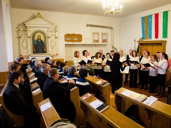 Ökumenikus kórustalálkozó a székelyudvarhelyi-szombatfalvi református templomban