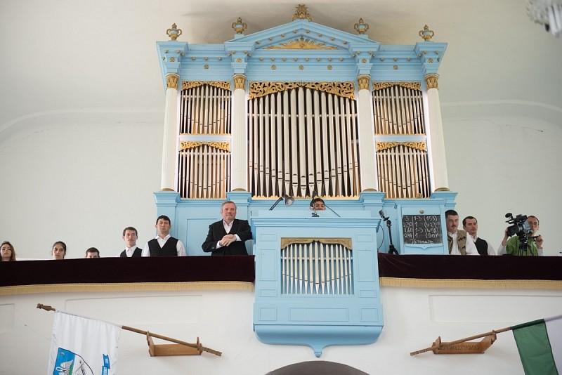 Új hangon szól a székelyszenterzsébeti orgona