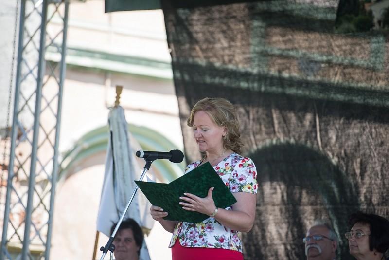 Merjünk mai nyelven imádkozni - Kastélynap Bonyhán