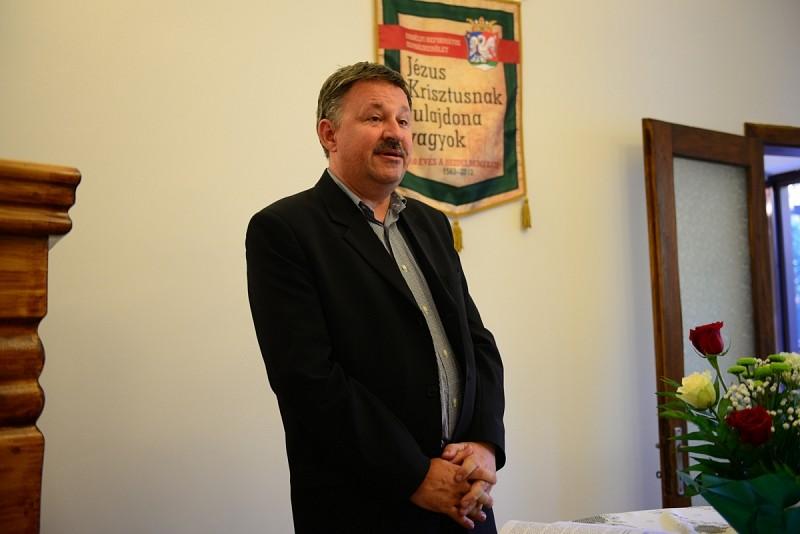 Krisztussal sehol nem vagyunk egyedül - Templomszentelés Bukarestben és Pitesti-en