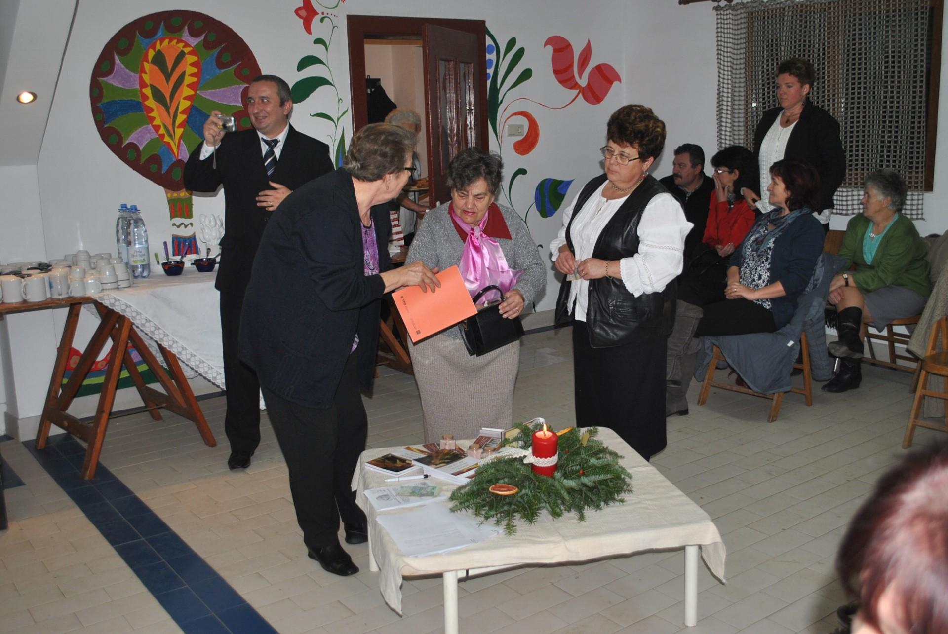 Évzáró gyűlést tartott a Kézdi-Orbai Református Egyházmegye Nőszövetségeinek elnöksége
