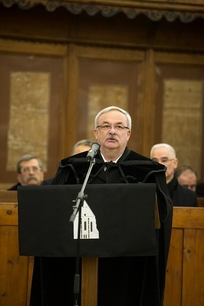 Kató Béla püspök beszéde Tőkés István professzor temetésén