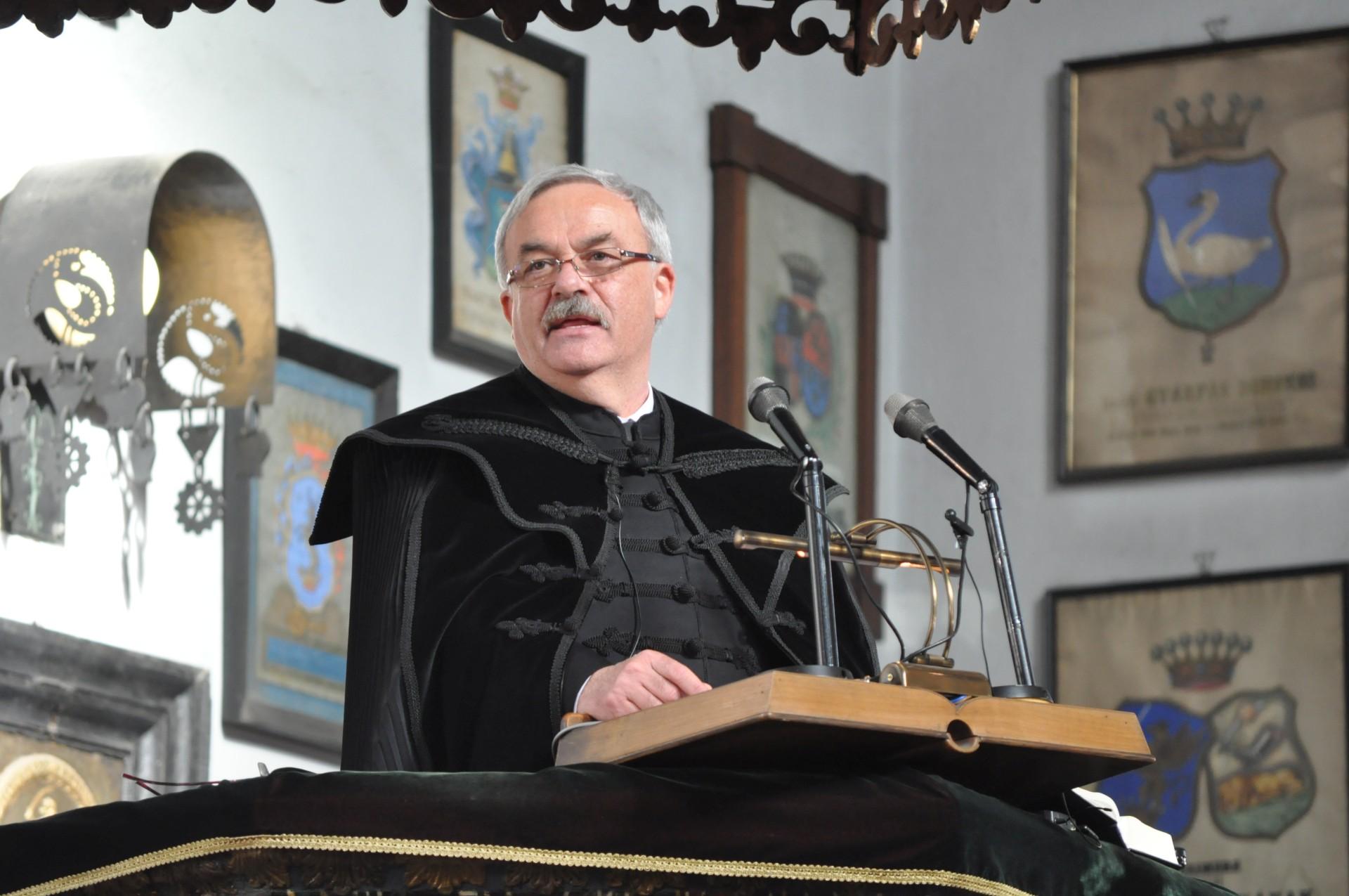 Ft. Kató Béla püspök húsvéti pásztorlevele