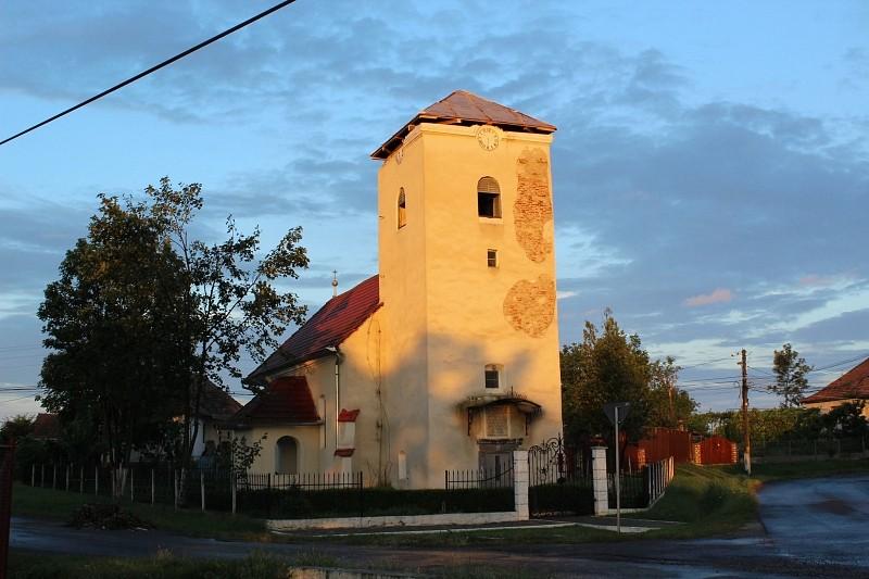 Elkészült a kutyfalvi református templom ideiglenes védő tetőszerkezete