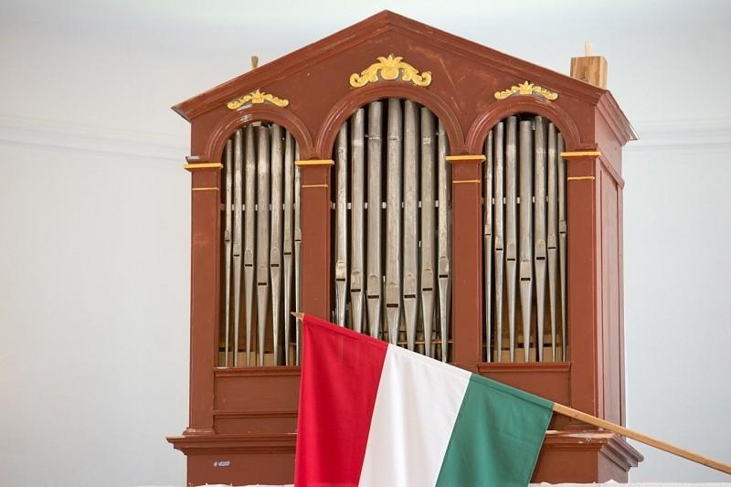 A zene által jobban megnyílunk Isten előtt