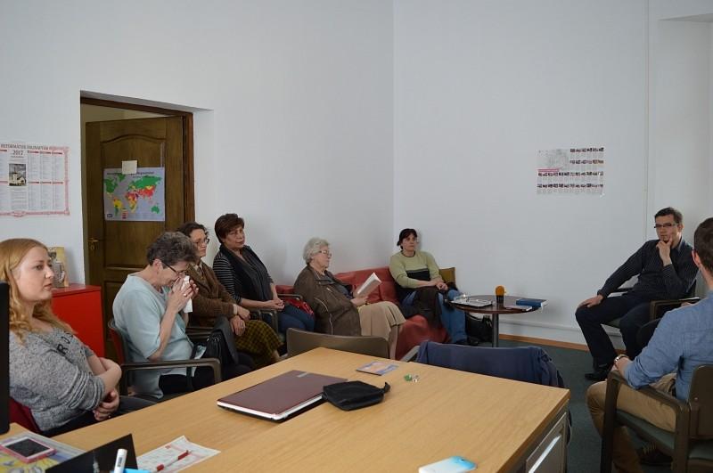 Naprakész beszélgetéseken át ismerkedik hallgatóival az Agnus Rádió