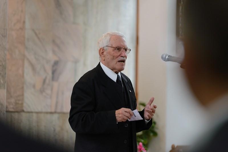 Gyászjelentés - dr. Bustya Dezső