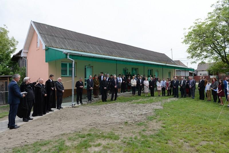 Rászorultaknak épített szociális lakásokat a nyárádtői gyülekezet