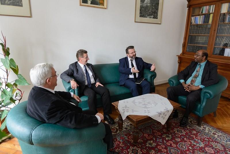 Kiáll az erdélyi reformátusok mellett a Református Egyházak Világközössége