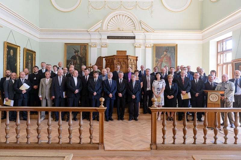 Közös nyilatkozatot fogadott el a Romániai Református Egyház és Romániai Evangélikus-Lutheránus Egyház Zsinata