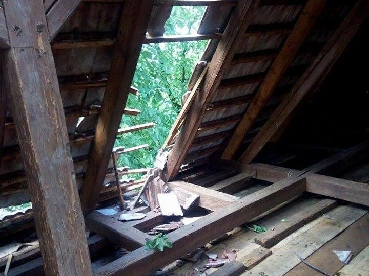 Hatalmas károkat okozott a vihar Dedrádszéplakon és Bögözön