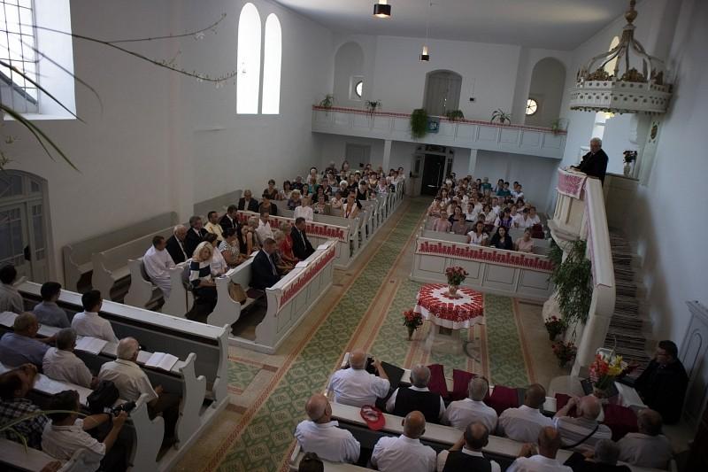 Gyülekezeti házat avattak Felvincen
