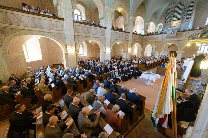 A keresztyén újjászületés a kárpát-medencei magyarság megmaradásának egyetlen esélye
