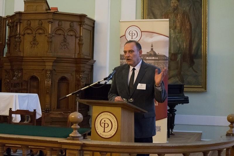 A reformáció vetületei – előadássorozat zárta a teológiai intézet konferenciáját