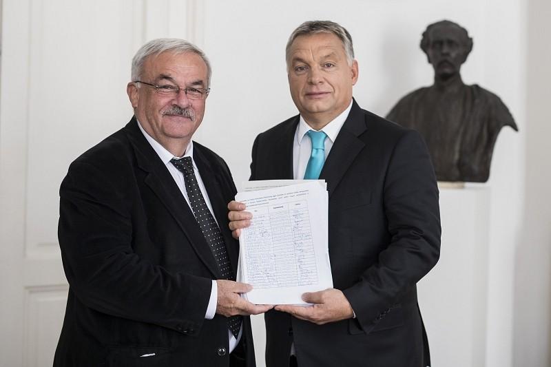 A magyar kormány támogatását kéri az Erdélyi Református Nőszövetség