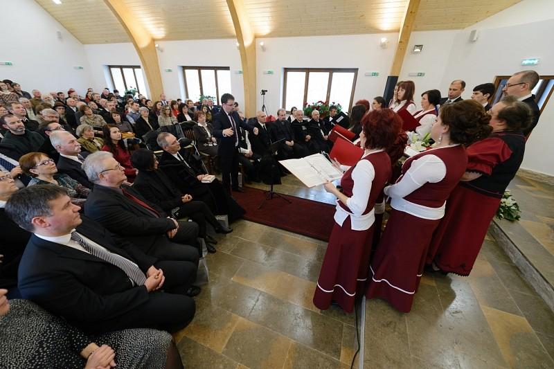 Új templommal gyarapodott a kerelőszentpáli gyülekezet