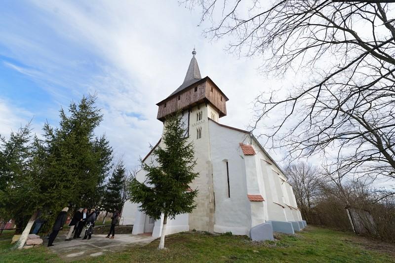 Megújult Küküllővár középkori temploma