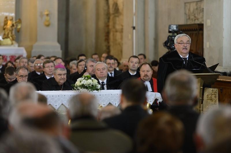 A 450 éves erdélyi vallásszabadságot ünnepelték Tordán