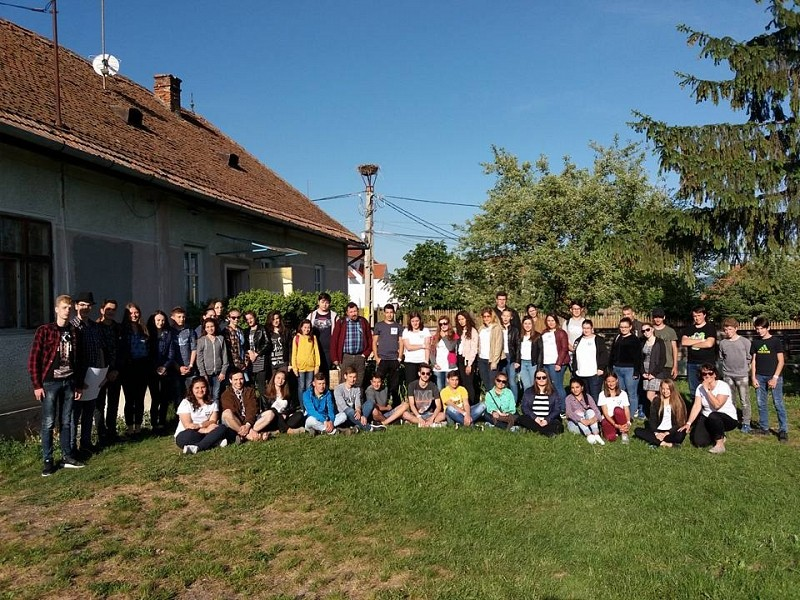 Egyházmegyei ifjúsági napot tartottak Kálnokon