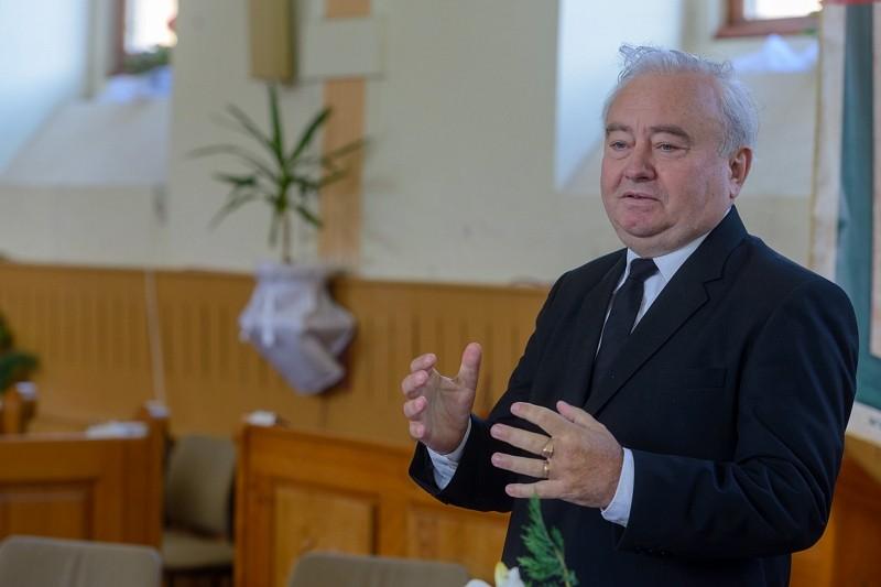 Újabb négy évre kötött szerződést a Romániai Református Egyház és a HEKS