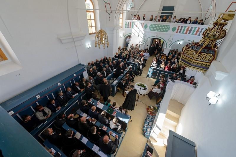 Megújult a mezőbergenyei református templom