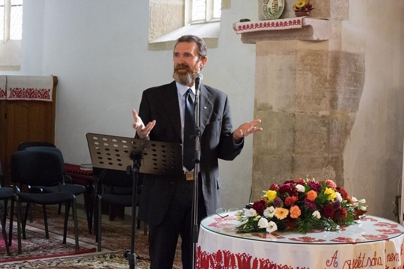 Új esperest iktatott a görgényi egyházmegye