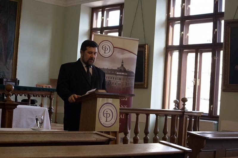 Csendesnapokkal indították az új félévet a teológusok