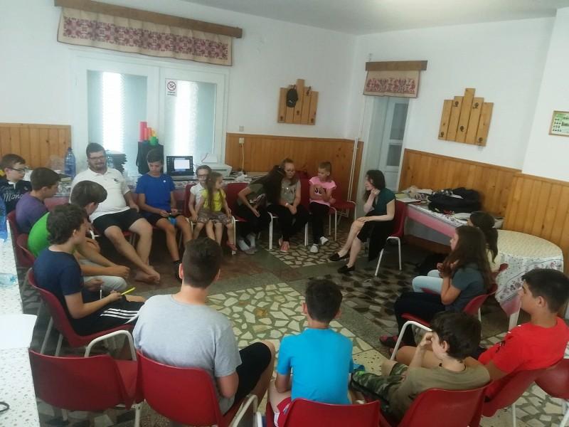 Menjünk fel az Úr hegyére – lakótelepi gyerekek táboroztak Magyarón