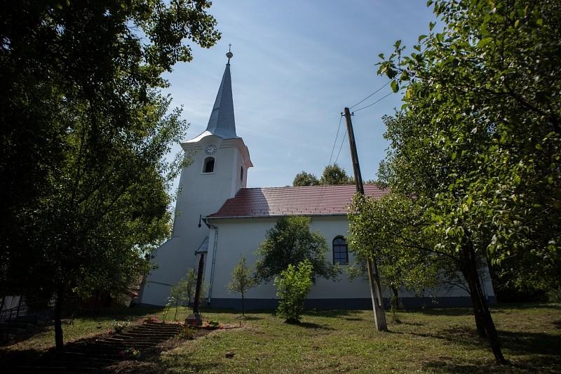 Új köntösben Teremiújfalu temploma