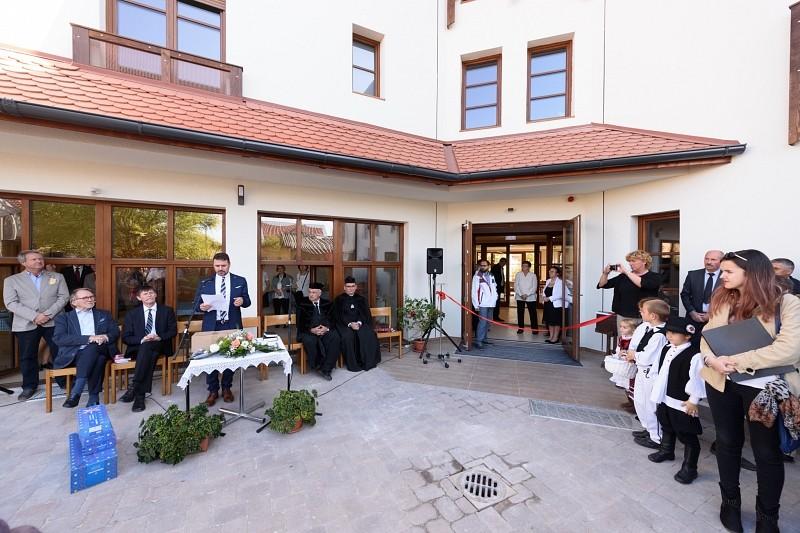 Idősek otthonát adtak át Kolozsváron